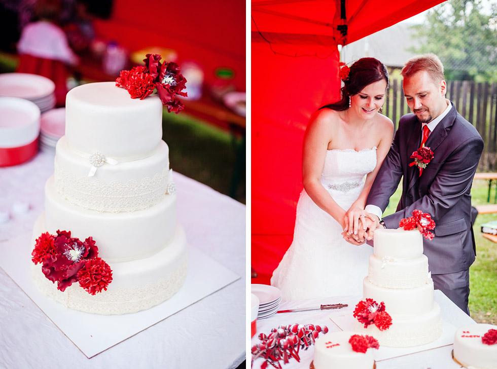 378-krajeni-svatebniho-dortu