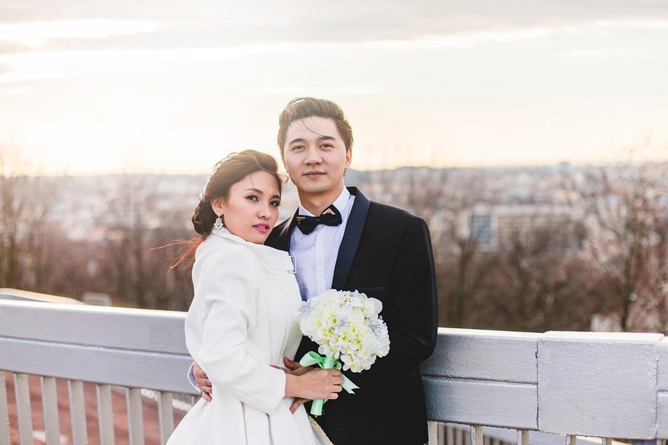 romanticky-svatebni-portret-nevesty-a-zenicha