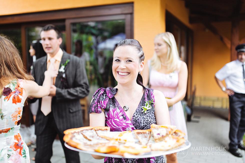 roznos-frgalu-na-svatbe